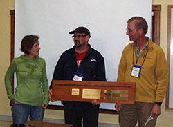 Anni Tilt & David Arkin receive the 2013 Travleing Straw Dawg Award
