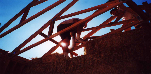 Roof truss Installation, Vega House. Scotts Valley, CA, Spring, 2001. photo credits: Selene and Rene Vega